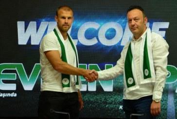 Atiker Konyaspor'a Ukraynalı defans, Opanasenko ile 3 yıllık sözleşme imzalandı.