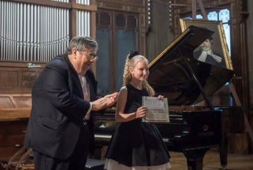 Minik Diana ülkesinin gururu oldu, İtalya'da düzenlenen piyano yarışmasında birincilik Ukrayna'nın