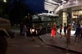 Kiev'de 'görünmez kaza', füze bataryası alışveriş merkezine çarptı (video)