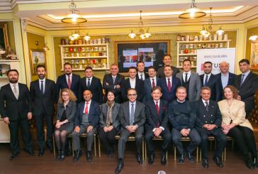 Türk iş dünyasından, Büyükelçi Yönet Can Tezel onuruna akşam yemeği