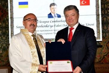 İstanbul Üniversitesi'nden Devlet Başkanı Poroşenko'ya fahri doktora