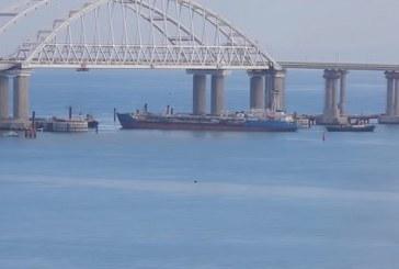 Turçinov BBC'ye konuştu; 'Kerç Boğazı'na bir kez daha gemi göndermeyi planlıyoruz'