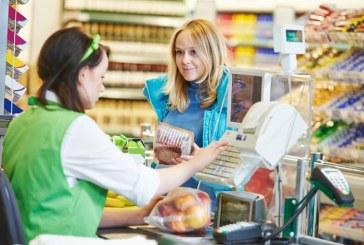 Ukrayna'da yeni dönem, market kasalarından kartla para çekmek mümkün olacak