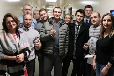 Batan gemiden kurtulan mürettebattan Türk ekiplerine teşekkür ziyareti