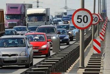 Kiev'deki yollarda kış uygulaması, bazı güzergahlarda hız sınırı düşürülüyor