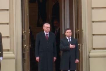 Cumhurbaşkanı Erdoğan resmi törenle karşılandı (tören videosu)