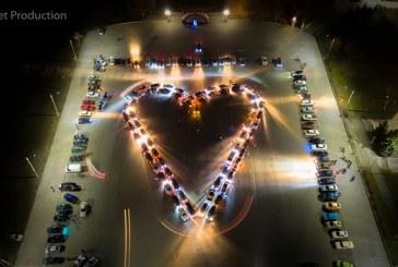 Foto hayat, Zaporoje'de otomobillerle kalp figürü
